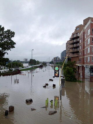 June_2013_Flooded_Calgary.jpg